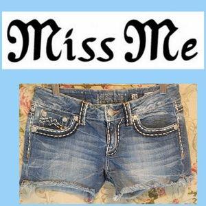 Miss Me Women's Size 28 Jean Shorts JE1015H9
